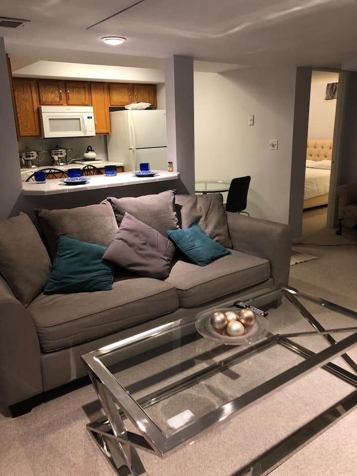 Modern and cozy private apt in Morris Plains, NJ