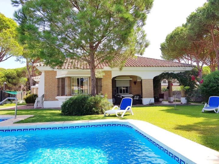 Casa America - very nice house with private pool close to the beach