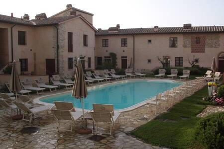 Casa Vacanze L'Usignolo - Gambassi Terme (Tuscany)