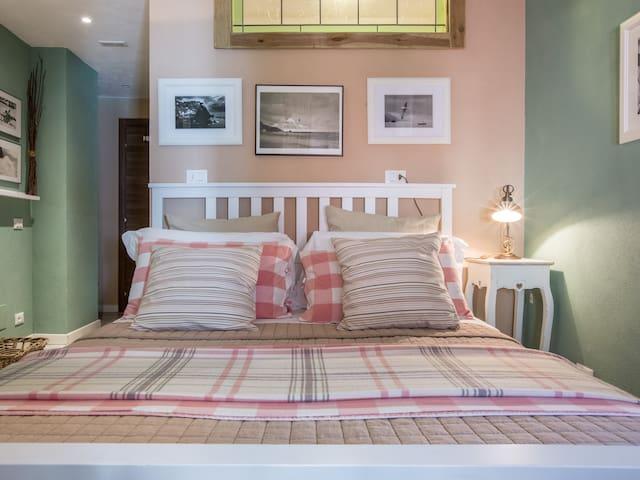 Zia Letizia Bed And Wine Giara