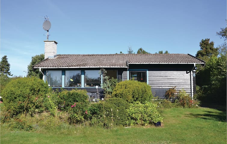 Holiday cottage with 3 bedrooms on 72m² in Gilleleje