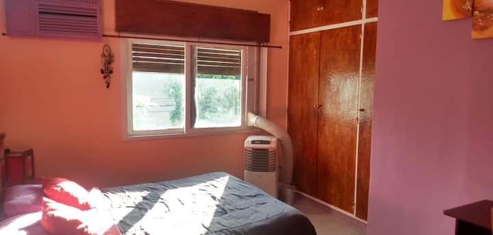 Hermosa habitación en Casa compartida