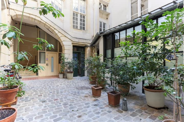 Charming flat in the VI - in the heart of Odéon
