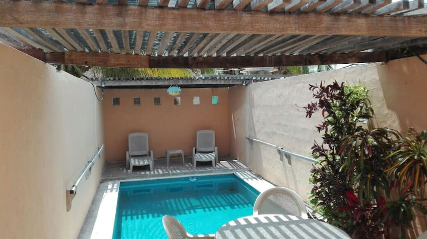 Departamento de 2 pisos con piscina - Chicxulub - Appartement
