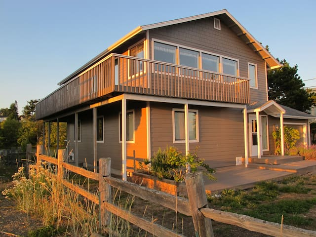 Whidbey Island Retreat since 1997 - Coupeville - Casa