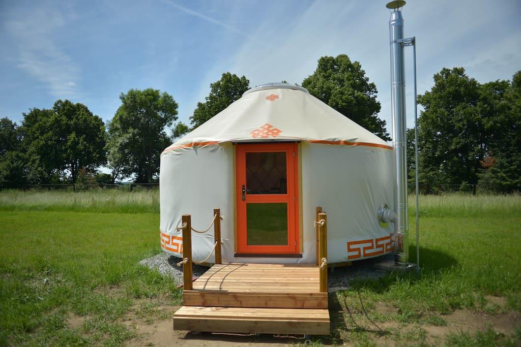4.5 m yurt up to 4 people