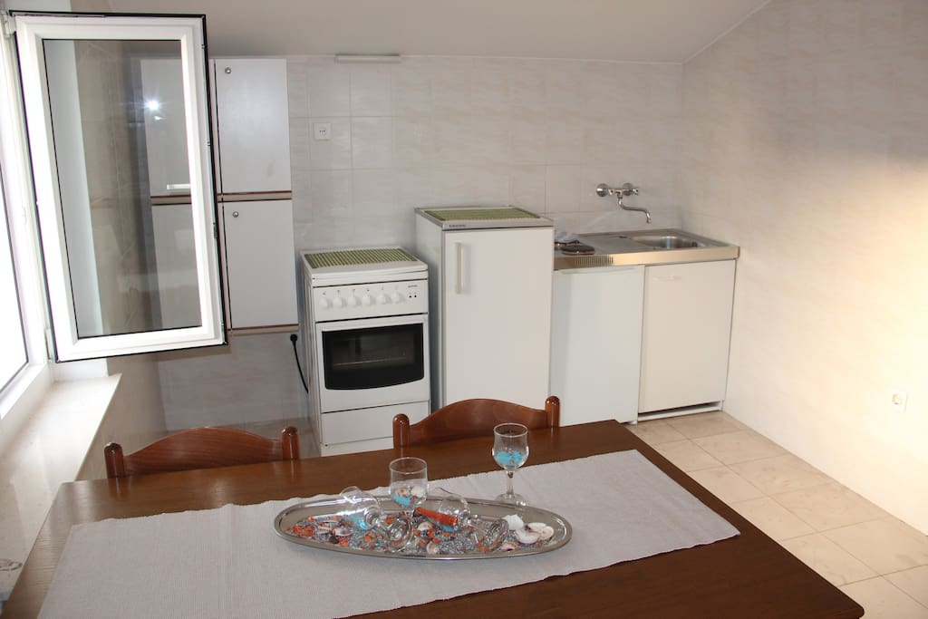 Dinning room area with kitchen