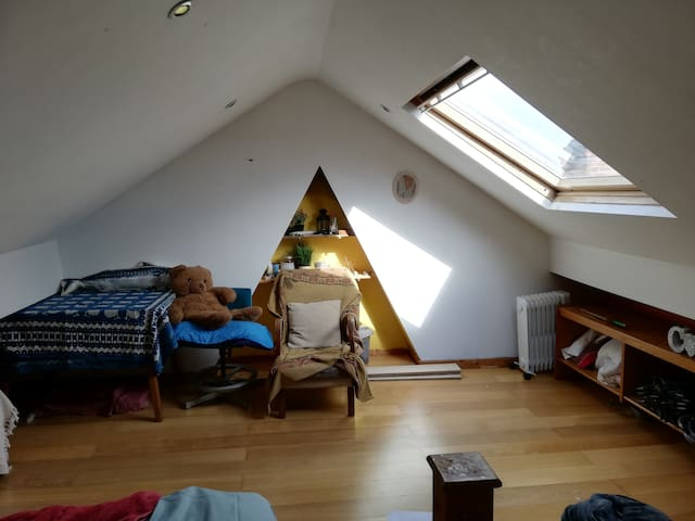 Cosy attic room near city centre