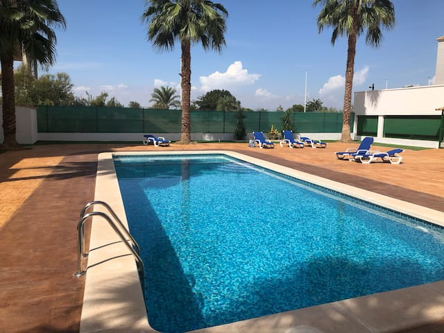 Relaxing, modern, comfortable haven in Guardamar