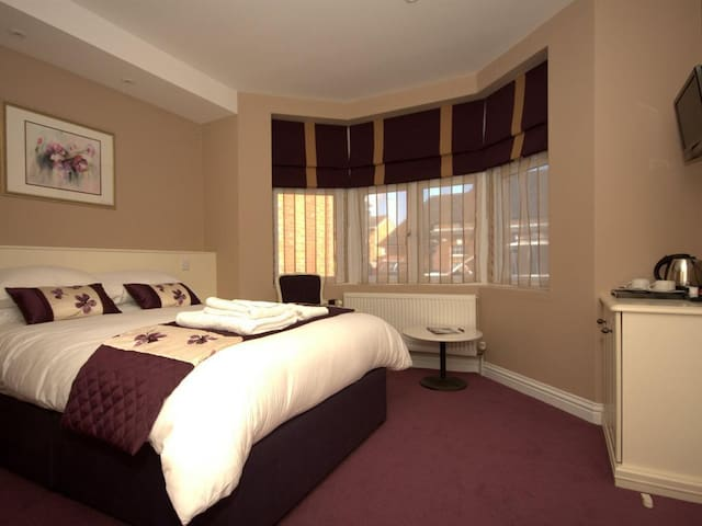 Double Room Superior at Highclere Hotel