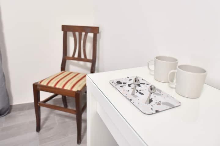 Brightly grey suite in Trastevere area!