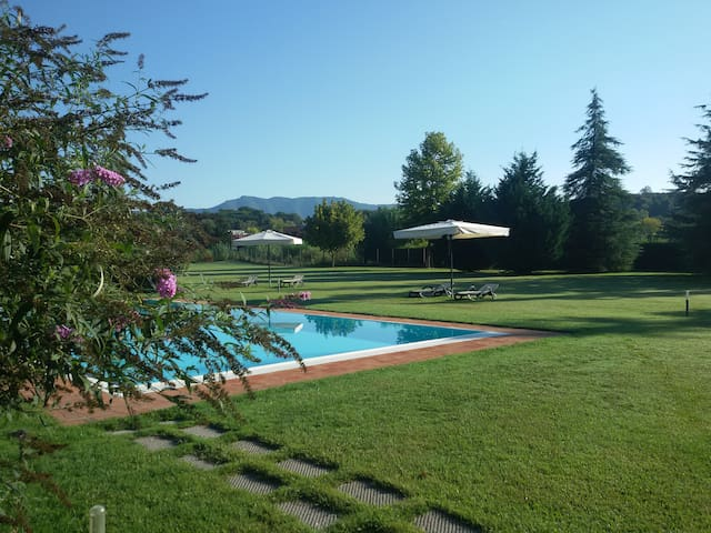 """encantea"" lovely country house, apartment Salvia - Lucca - Holiday home"