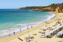 Praia Maria Luísa - 500m