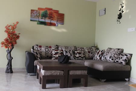 Cozy and Decent Apartment in Madhapur - Hyderabad