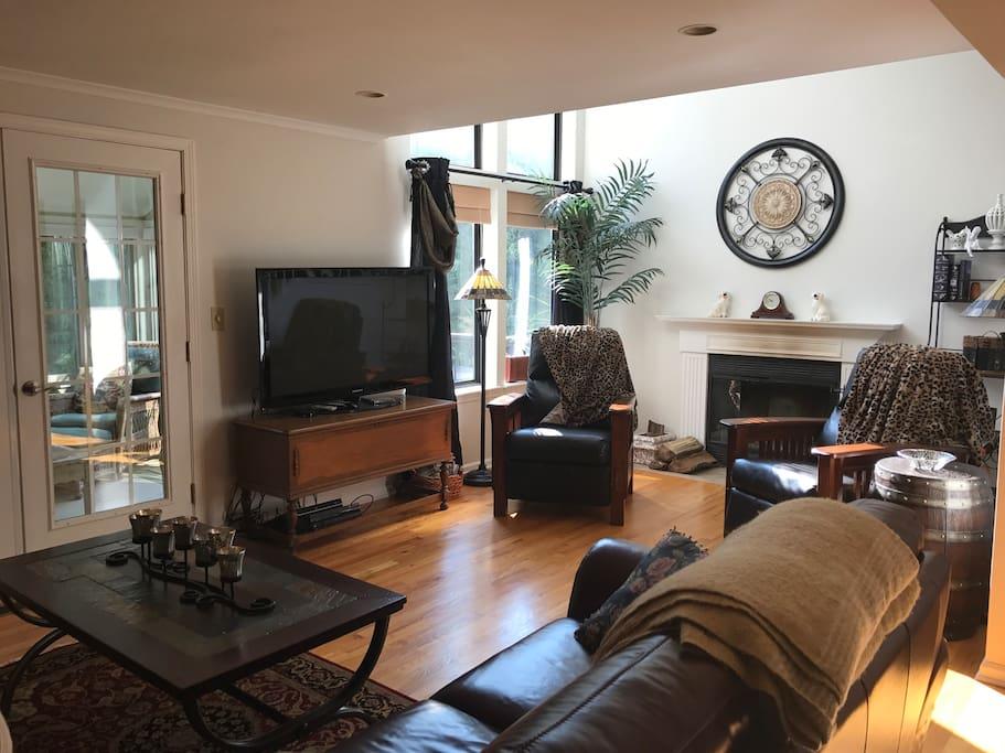 "Comfortable living area, wood burning fireplace & 50"" flat screen TV"