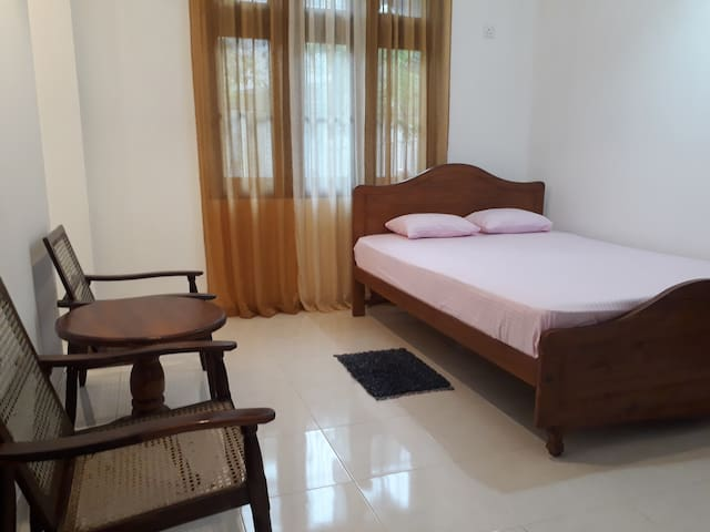 Rooms in Matara for foreigners