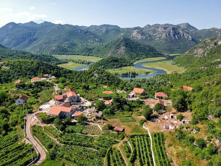Skadar Lake Estate&Winery ''San Duyevo'' #2 DELUXE