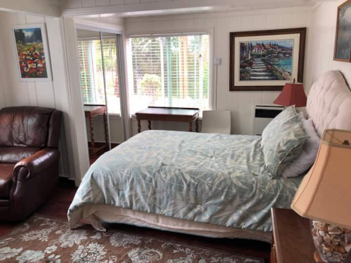 Great Room at a Great Price in Carmel!
