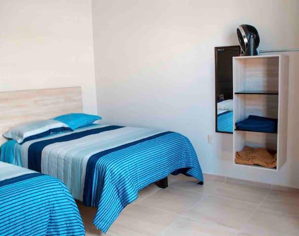 Hab. Privada con cama doble, Centro de la Ciudad