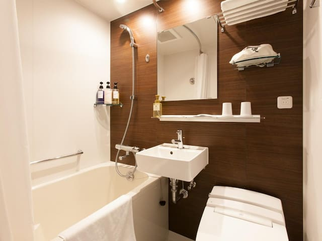 【Walking distance to Tsukiji and Ginza】 Air conditioning · Free Wi-Fi available! 【Deluxe Single Room】