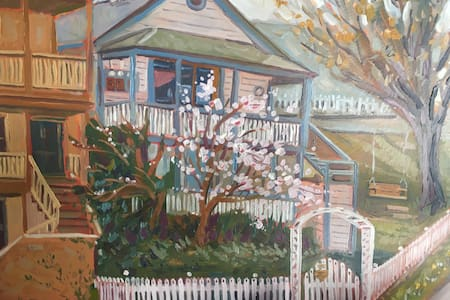 Miner's Cottage- Artist Lookout
