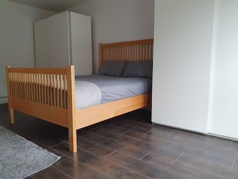 Entire Rental -Huge 1 bedroom in quiet estate