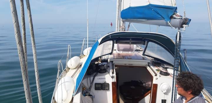 Séjour insolite sur un voilier de 10 m