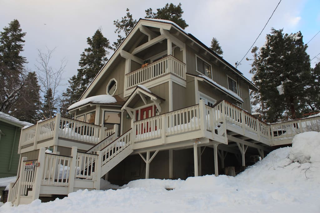 Big Bear Cabin With Hot Tub Near Skiing Houses For Rent