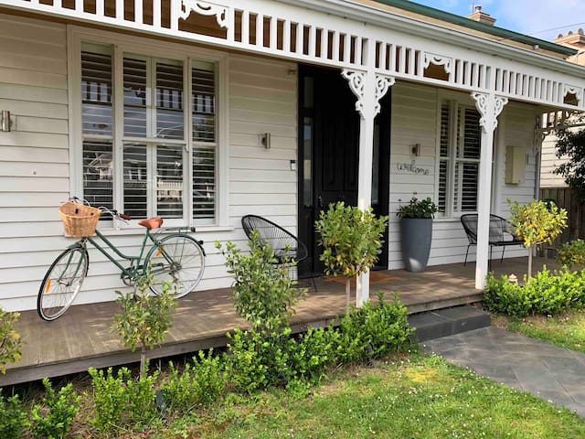 Geelong West•NoMinStay Sleep6~Child Friendly~BFast