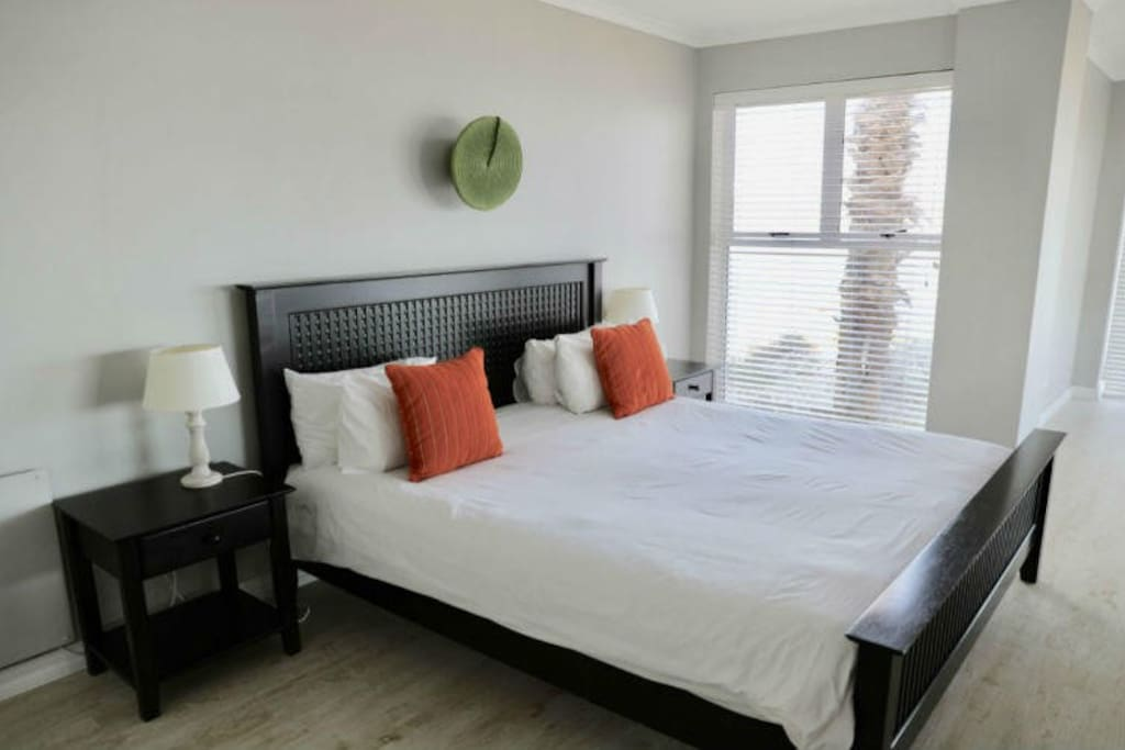 Palm Apartment (SELF CATERING) photo 1