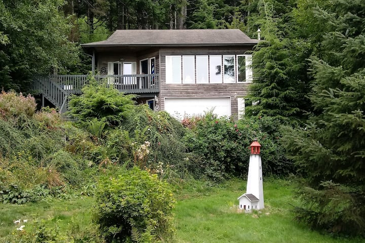 New listing! Spacious, waterview, dog-friendly home w/ easy beach access!