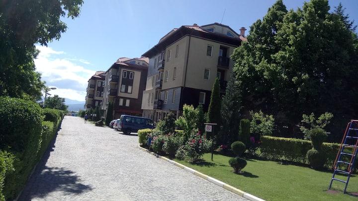 Ski Resort Apartment in Bojurland-Bansko