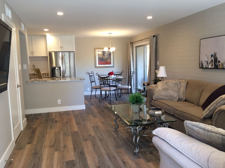 Modern and Comfortable in the Heart of Scottsdale