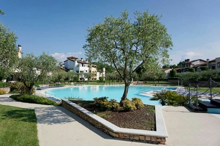 Garda Resort Peschiera Laguna Blue