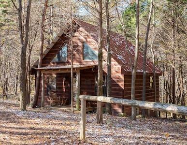 The Lodge at Oak Haven Farms - Outside Nashville