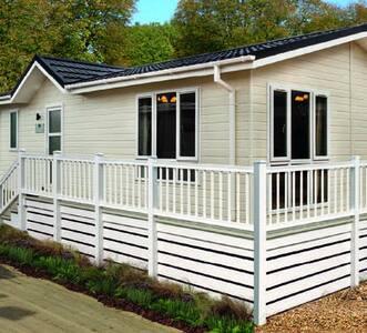 2 Bedroom Deluxe Lodge at Norfolk Park - North Walsham - Otros