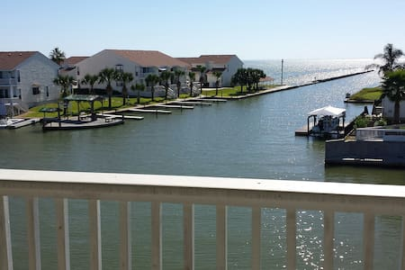 Water front condo with fishing pier - Rockport - Társasház