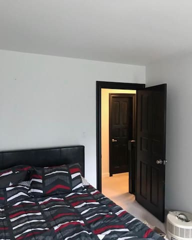 Private Room in Springfield VA with New Bed