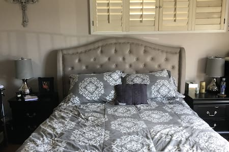 Private bedroom in large condo. - Los Angeles