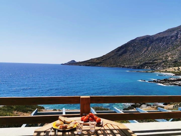 Nefeli's Luxury Suite on the Sea