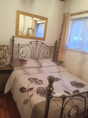 Professional Double Room Downend