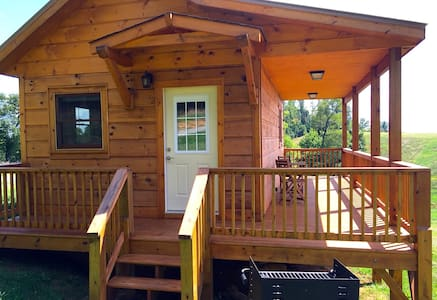New Cabins at Sky Retreat -Paragliding,Dancing,etc - Purlear
