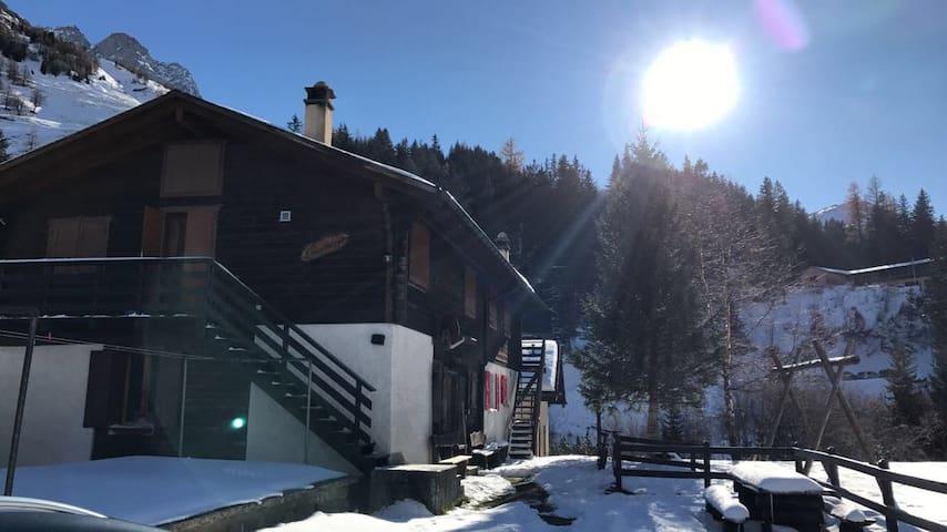 Chalet Appartement, La Fouly, Suisse