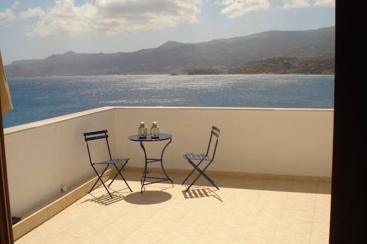 Appartement de charme, grande terrasse et vue mer