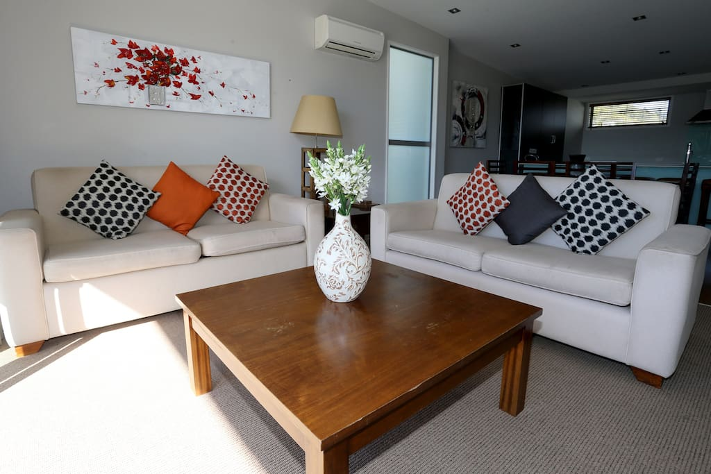 Luxury Waterfront 2 Bedroom Dockside Apartment Apartments For Rent In Picton Marlborough New