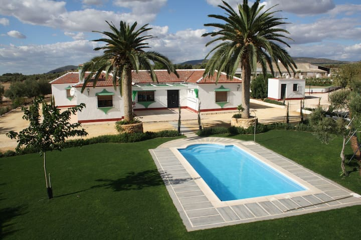 Ideal grandes grupos, Cortijo Bersocano - Pedrera - Vacation home