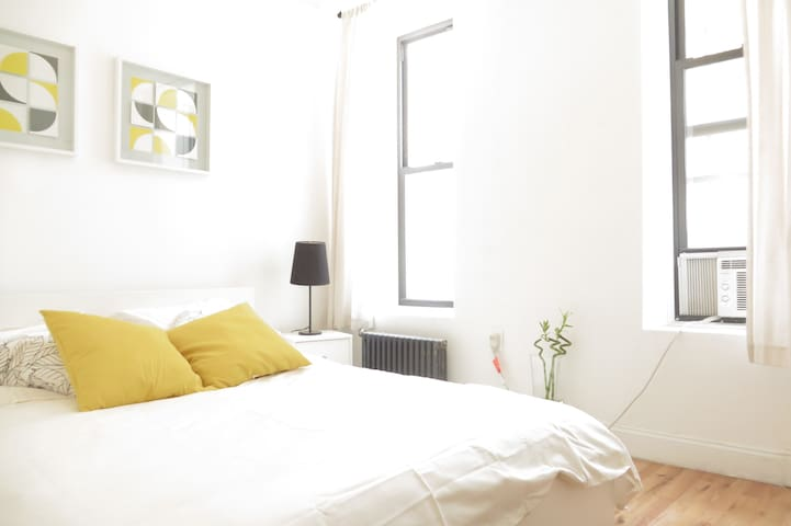 Stylish 2BR ★ Sleeps 6 ★ C.Park