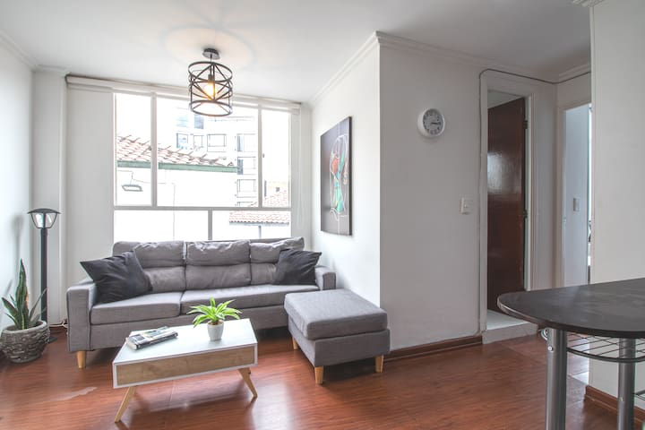 FRESH & BRIGHT APARTMENT // 2BEDS// CHAPINERO ALTO