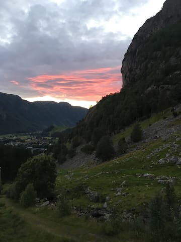 Good apartment for hiking in the surrounding area - Gjesdal - Daire