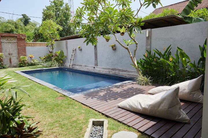 Five Star Luxury Villa In Canggu 3 Min 2 Beach 3